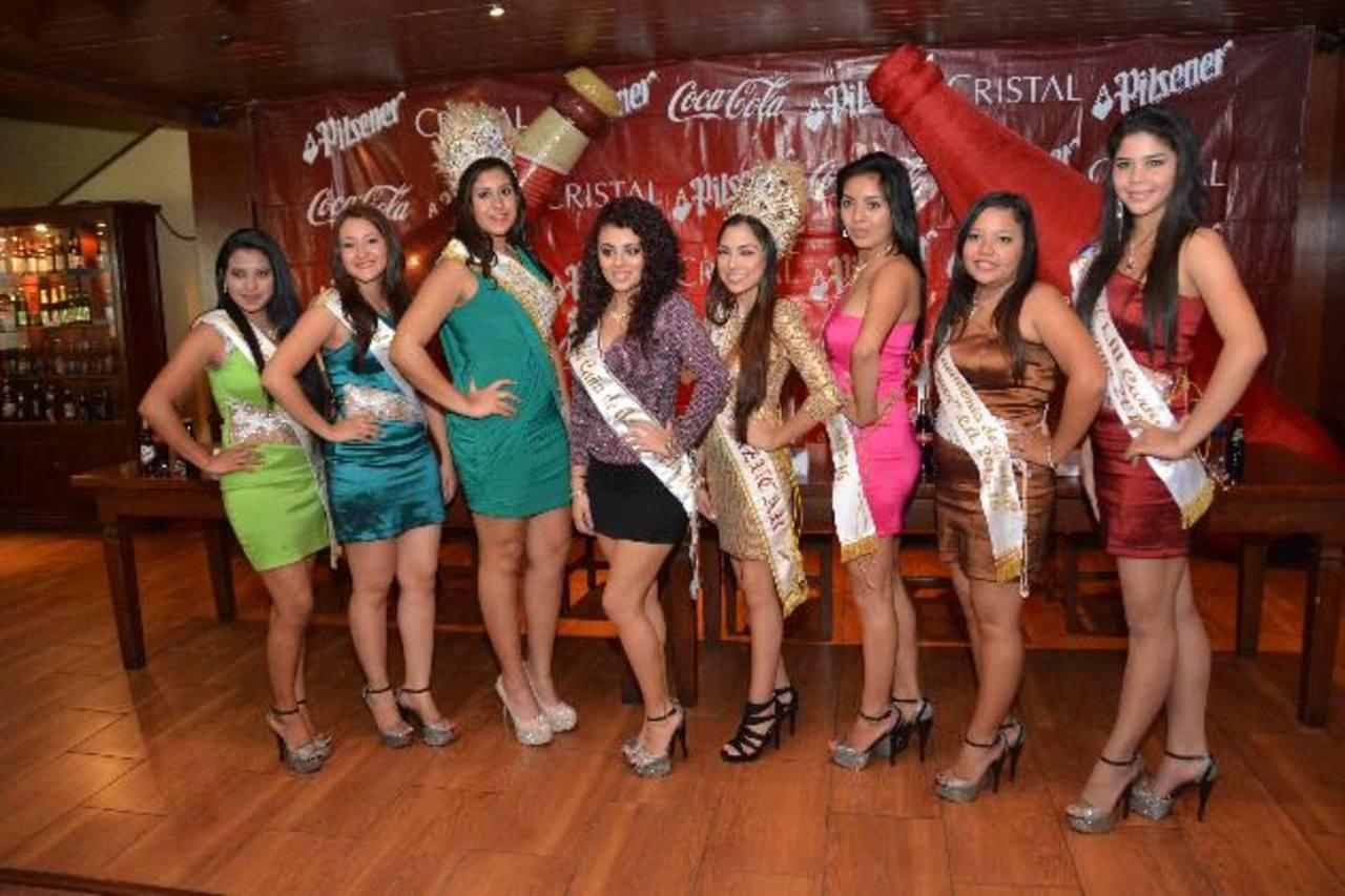 Las soberanas de los festejos estuvieron presentes en el anuncio del patrocinio. Foto edh / David Rezzio