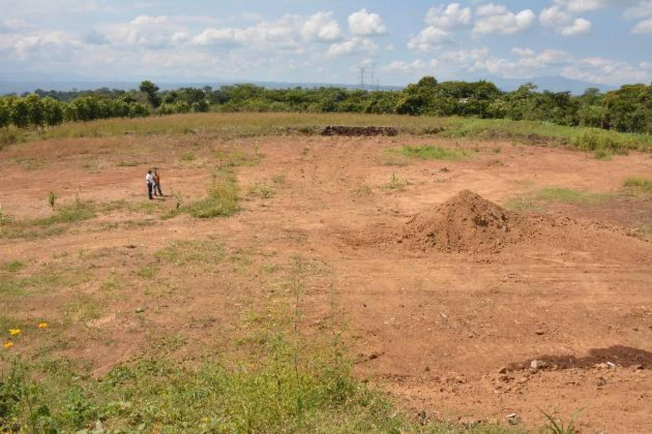 La segunda fase del relleno sanitario ubicado en el cantón Zunca iniciará el próximo 12 de enero. fotos edh / cristian díaz
