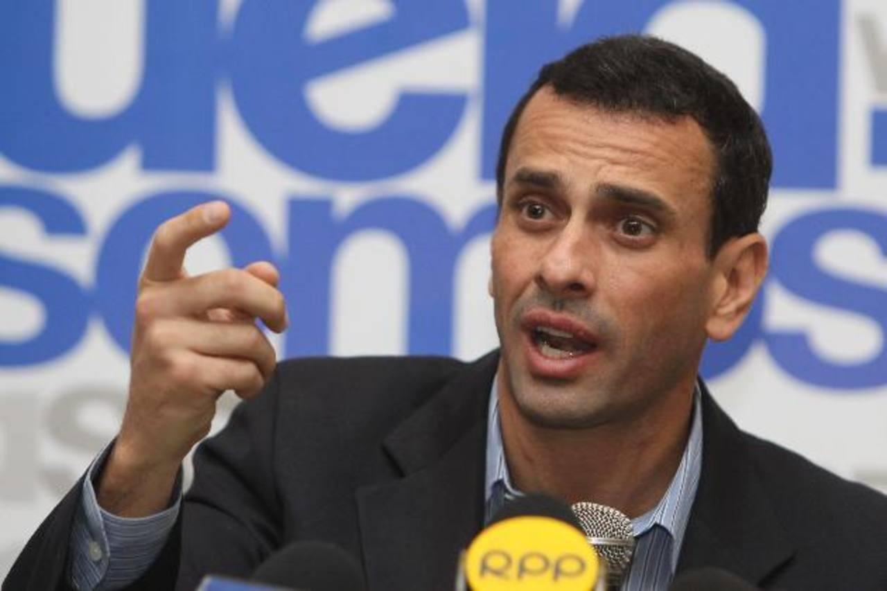El líder opositor cree que el control estatal de cambio favorece la corrupción y recordó una denuncia del año pasado sobre un supuesto desfalco de al menos 25,000 millones de dólares.