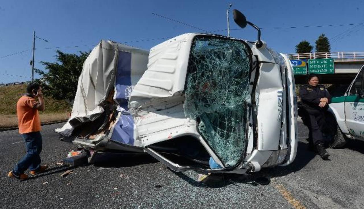 Los accidentes ocurrieron en diferentes tramos de la carretera Panamericana.