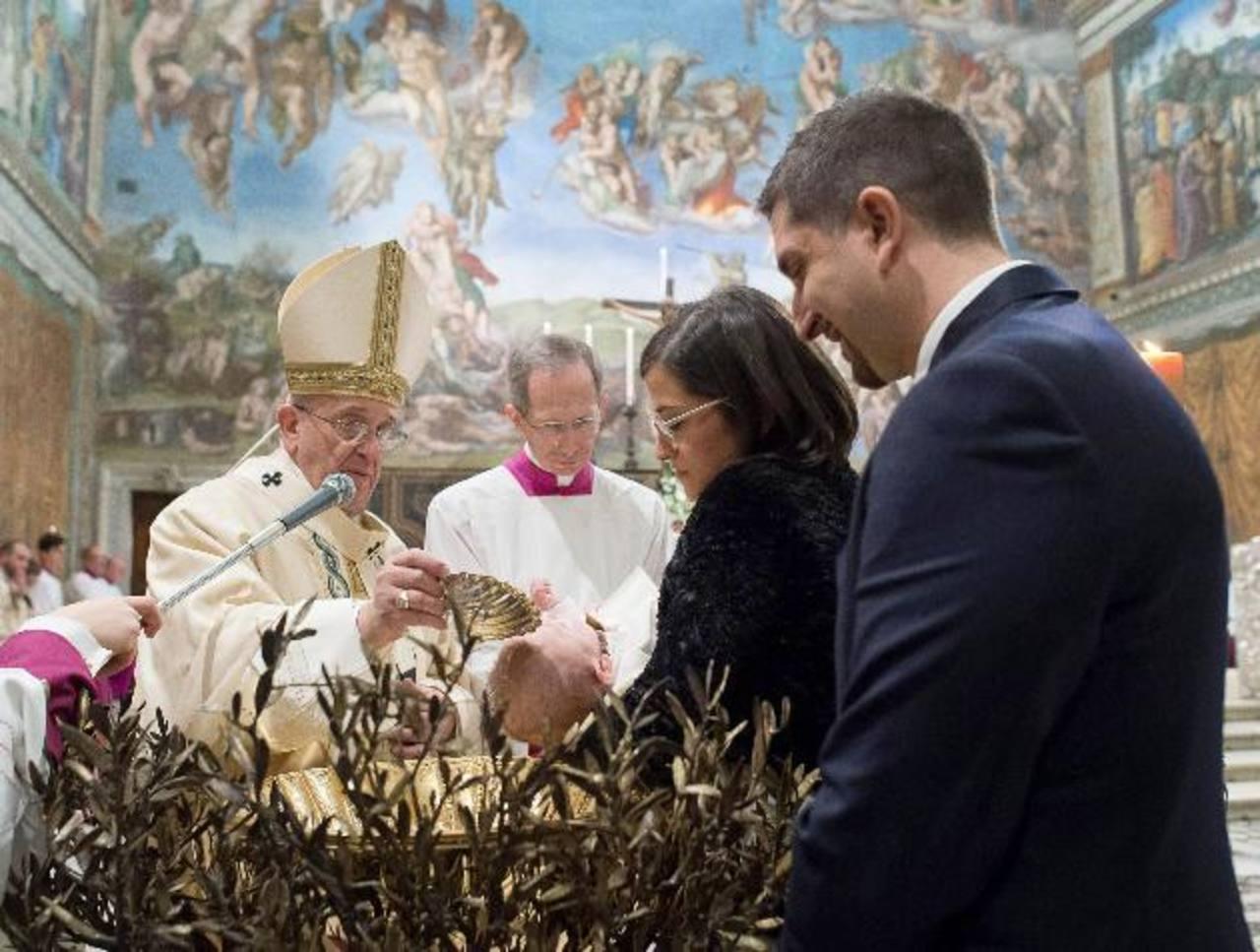 Papa: su interés por pobres es Evangelio, no comunismo