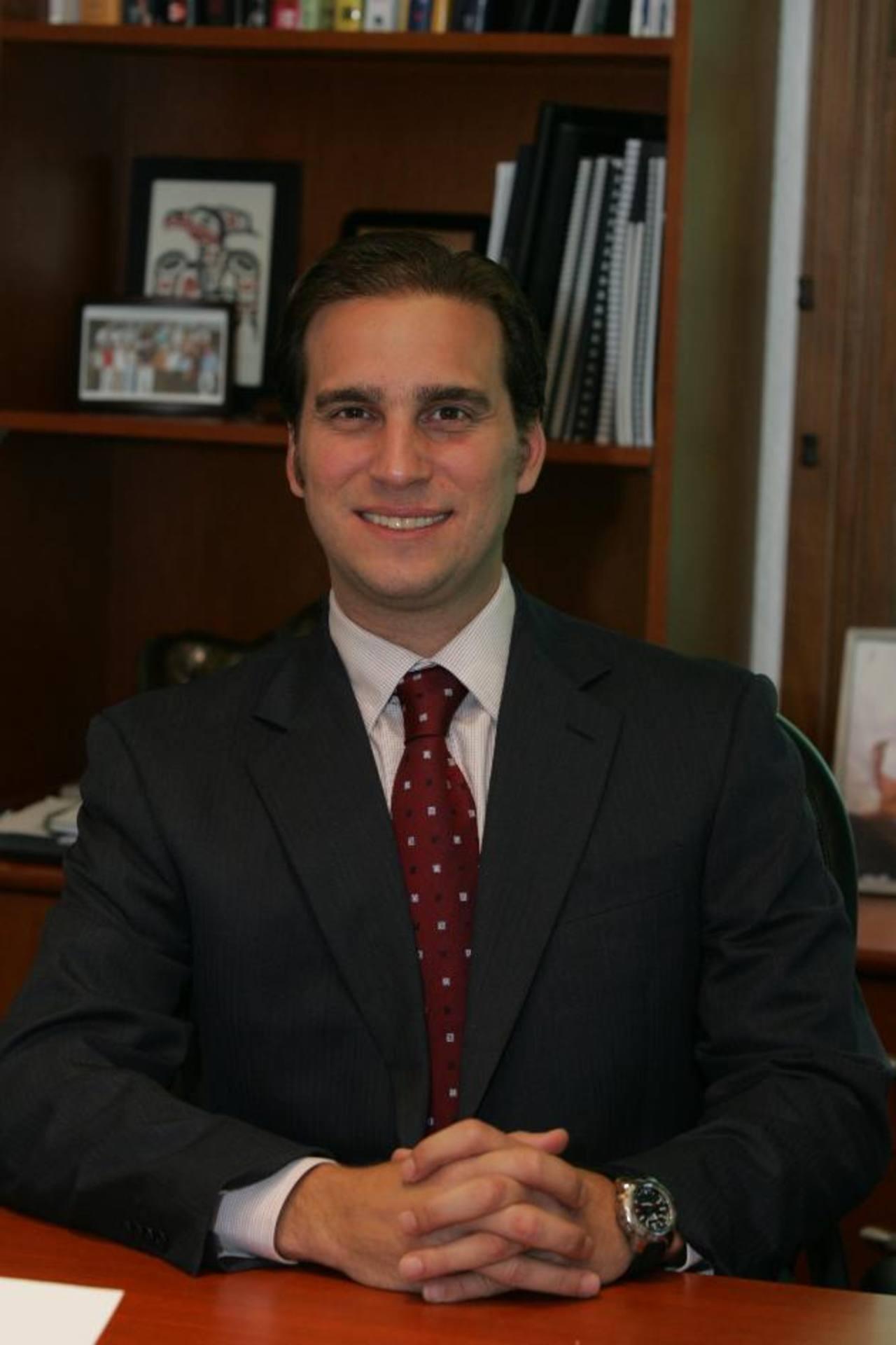 """Alejandro Poma también es parte de la comunidad de """"Young Global Leaders"""" del Foro Económico Mundial . foto edh/archivo."""