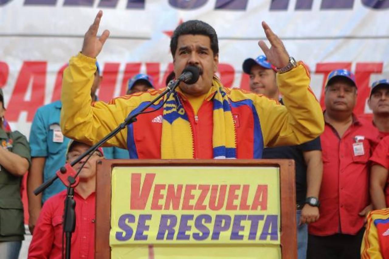 """El gobernante venezolano, Nicolás Maduro, durante un acto en San Felipe. Dice que no aceptará """"ni una ofensa más"""" por parte de EE. UU. foto edh / efe"""