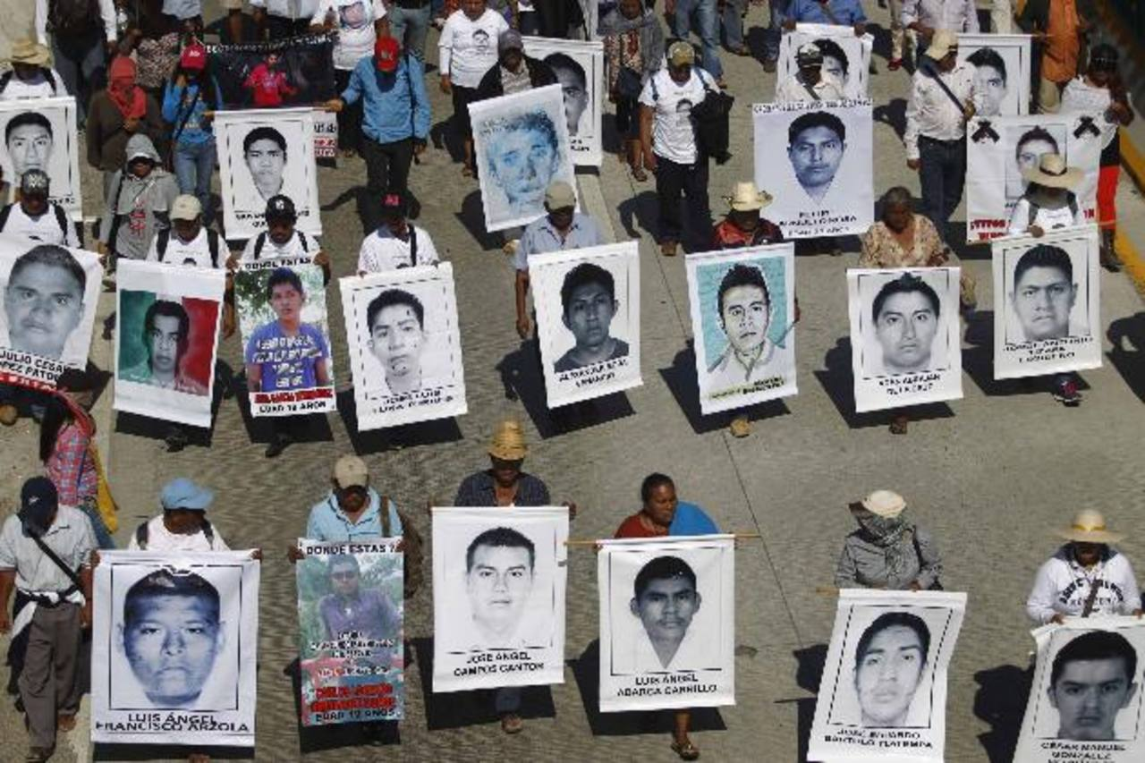 Guerrero ha sido escenario de protestas por la desparición de 43 estudiantes, que habrían sido quemados en Coluca. archivoImagen de una erupción del Volcán de Fuego en septiembre de 2012. foto edh / archivo
