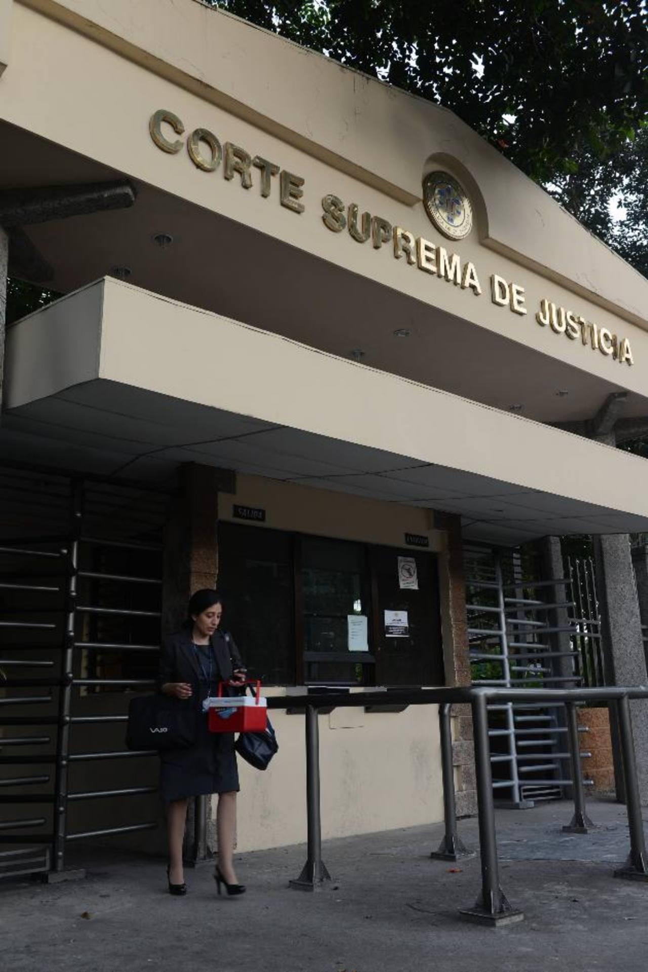 CSJ da plazo a Asamblea Legislativa para que emita ley sobre indemnización por daños a la moral