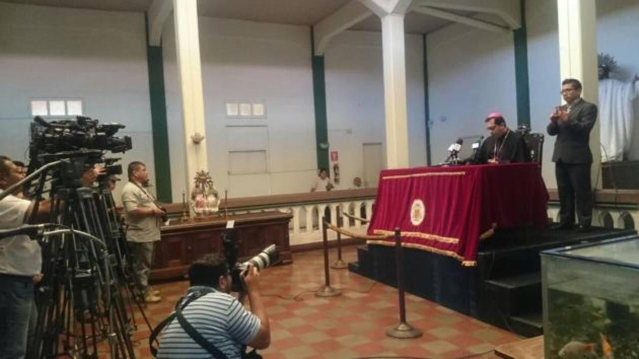 Conferencia episcopal. /