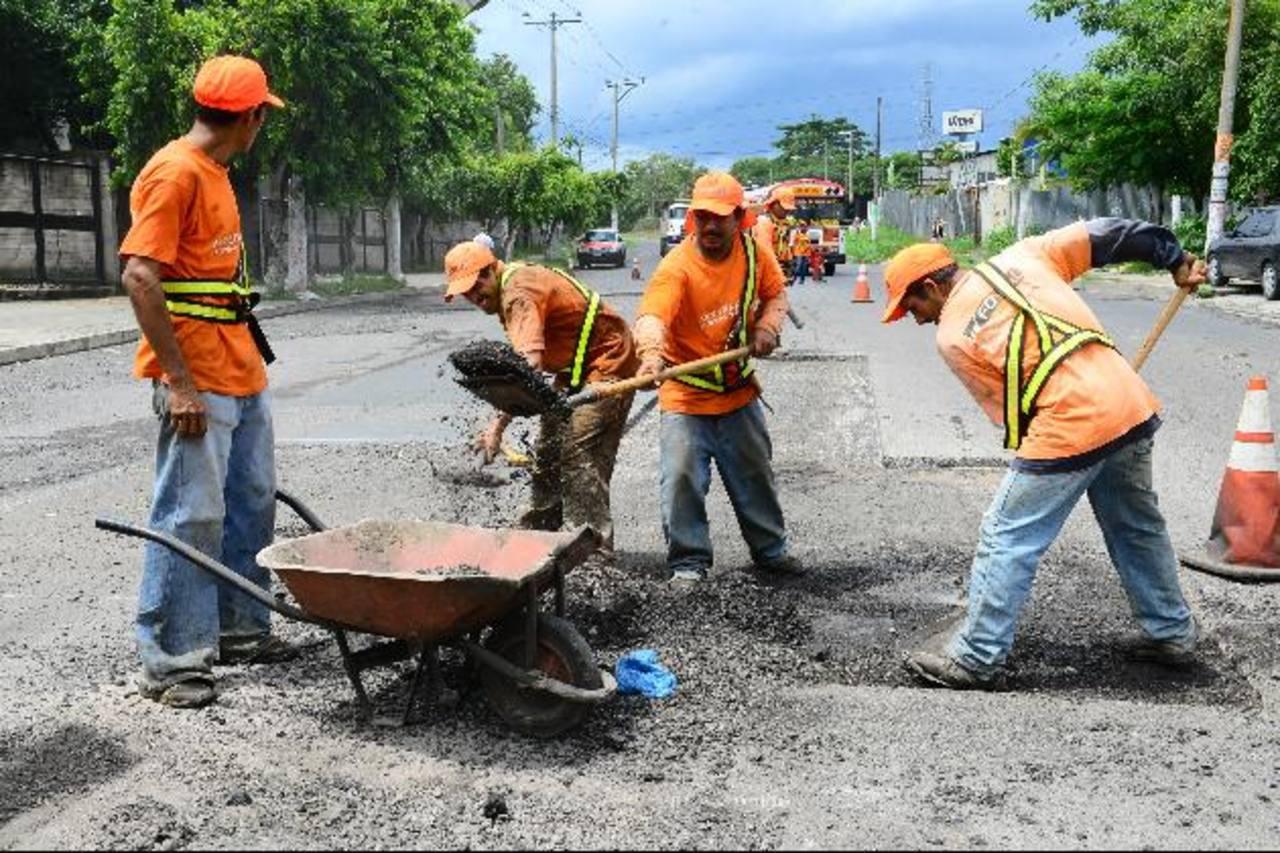 Con los trabajos de los diversos proyectos se generarán miles de empleos. Foto edh / Archivo