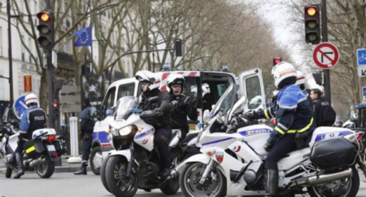 En libertad 3 detenidos en investigación de ataques de París