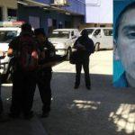 Agentes policiales realizaban las verificaciones sobre el caso del policía que murió tras ser atacado en un microbús de la ruta 29.