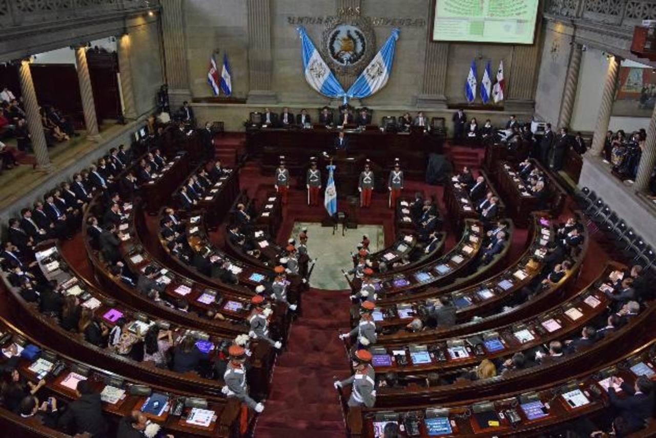 El congreso guatemalteco aprobó un presupuesto para 2015 de alrededor de $9,051 millones. Foto EDH/ Archivo