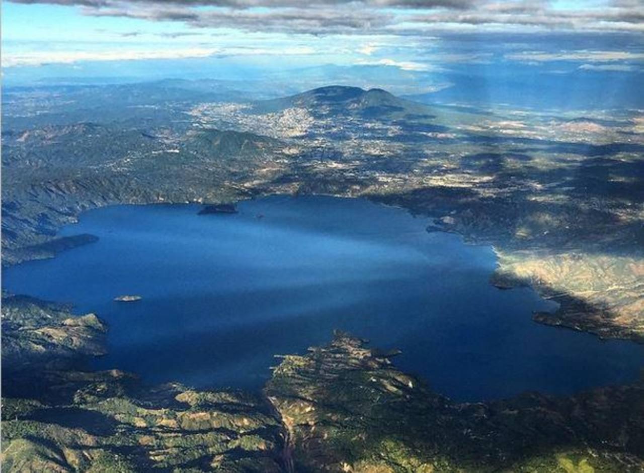 National Geographic destaca foto del Lago de Ilopango