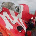 Alarmas sonaron antes de que avión de AirAsia se estrellara