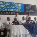 Médicos del hospital Rosales temen despidos después de las elecciones