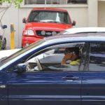 La distracción al volante dio como resultado 10,780 multas durante 2014. Foto EDH / archivo