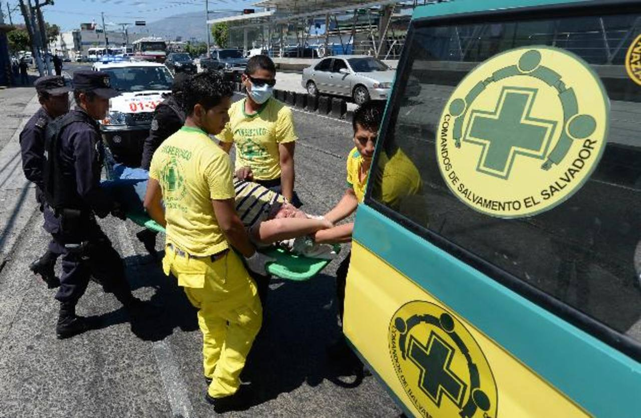 El incidente fue cerca de la Terminal de Oriente, en San Salvador. Foto EDH / J. Anaya