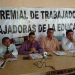 La Intergremial de Trabajadores y Trabajadoras de la Educación en conferencia de prensa.