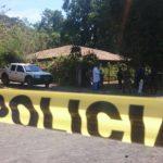 La víctima, Nelson Orlando García, de 23 años, fue asesinado ayer frente al centro escolar del cantón El Brazo, en San Miguel.