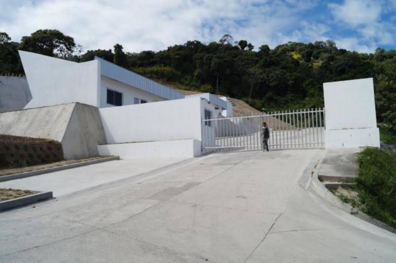 Modernas instalaciones del nuevo Cementerio Municipal Jardín de Soyapango, en Sierra Morena. Foto EDH / cortesía