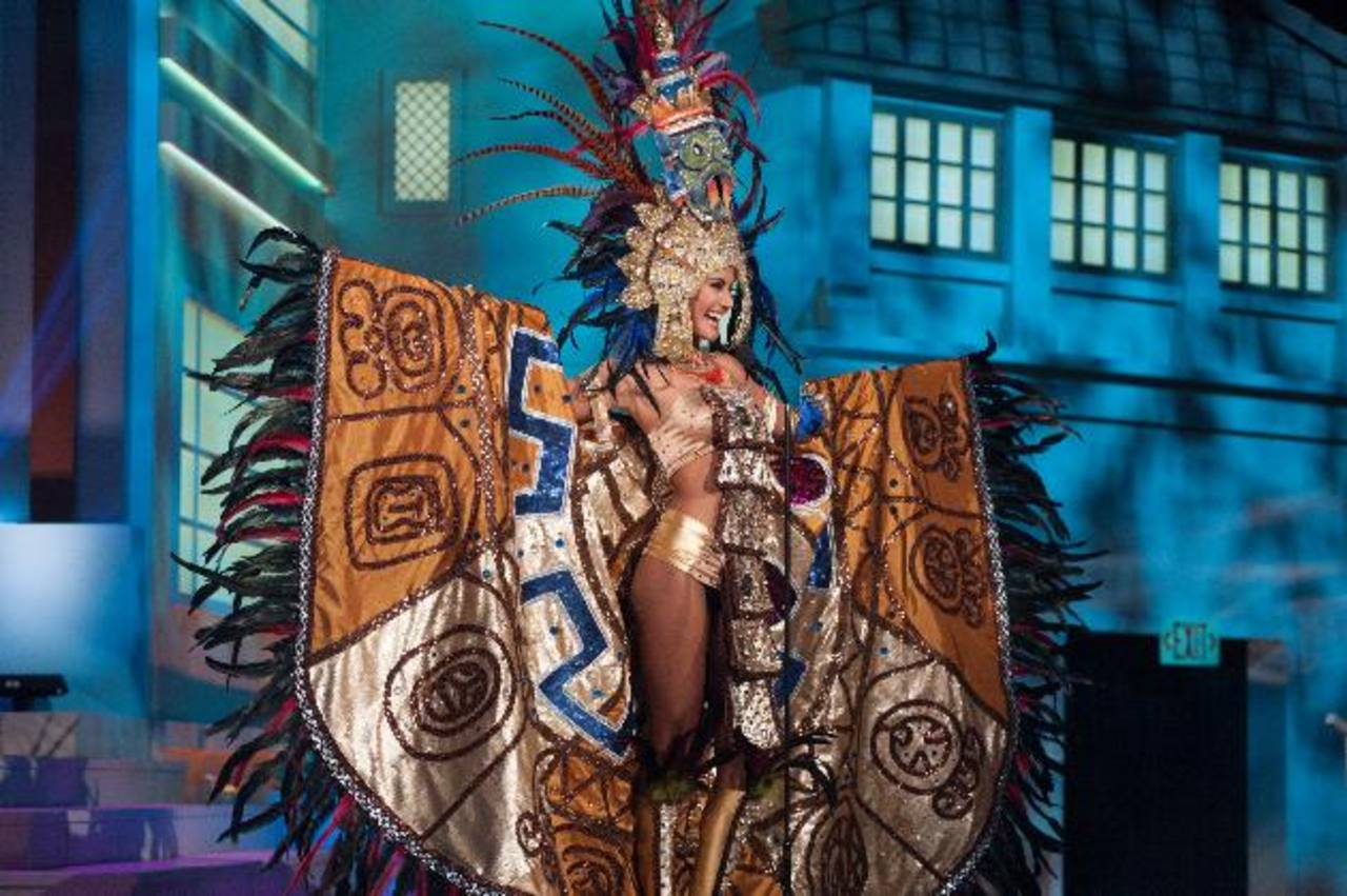 Hispanas buscan la corona de Miss Universo