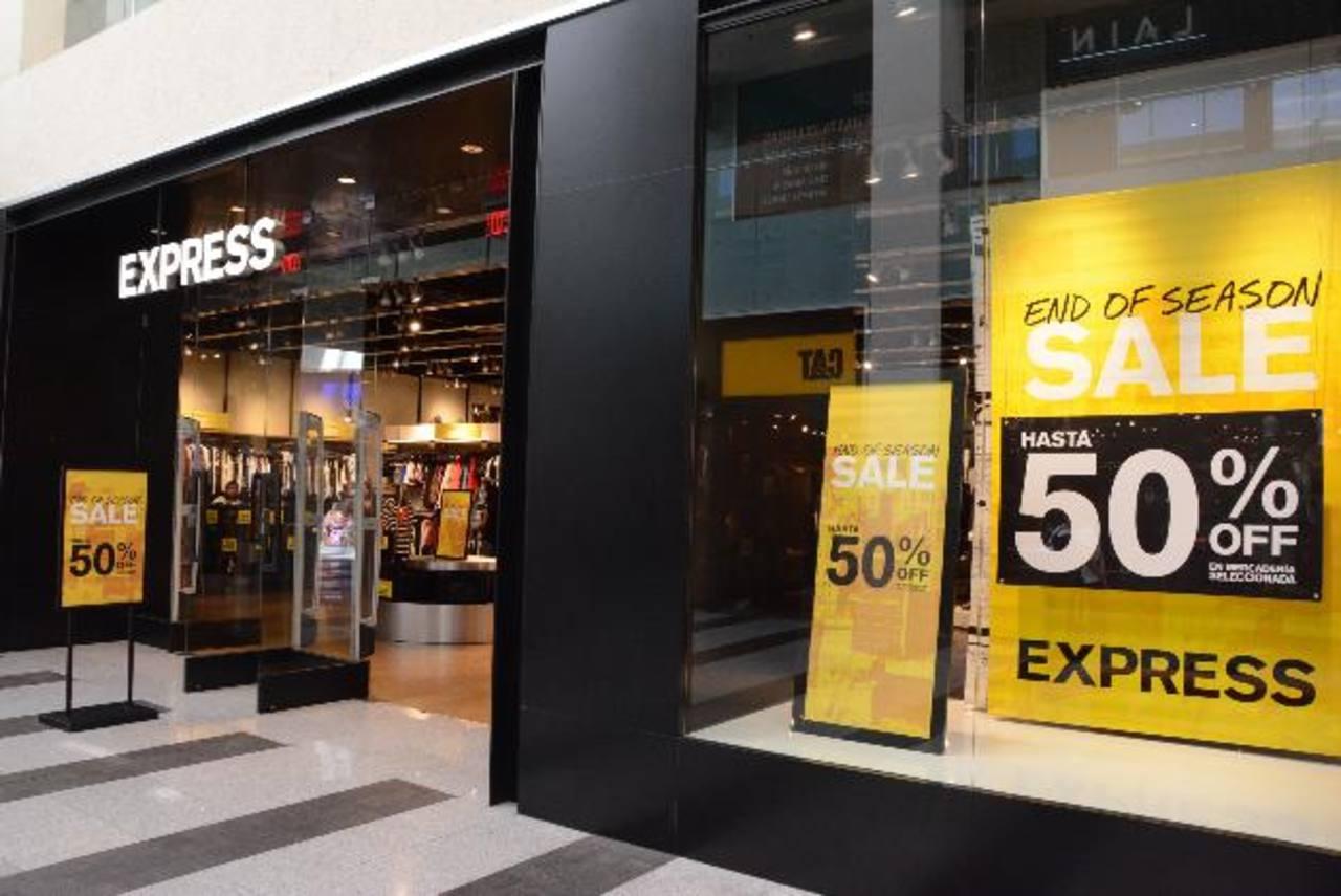 Varios de los establecimientos tendrán descuentos sorprendentes desde hoy hasta el 31 de enero, con productos al 2 x 1 y al 3 x 1. foto edh / Mario Díaz