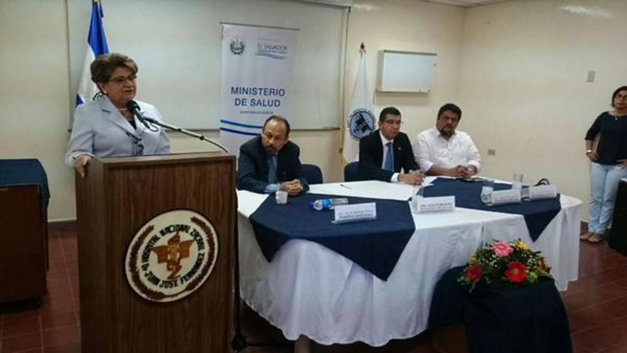 Autoridades de Salud inauguraron la remodelación de varias áreas y equipamiento en el hospital Zacamil.