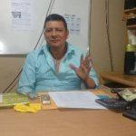 Guillermo García de AEIPES afirmó que las autoridades penitenciarias han dejado sin equipos técnicos y criminológicos a los penales del país, lo que amenaza la estabilidad. Foto EDH