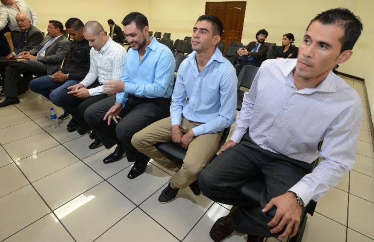 Futbolistas salvadoreños acusados de encubrir lavado de dinero, podrían ser enjuiciados próximamente. Foto EDH /Archivo