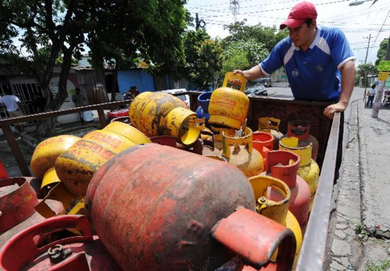 Los nuevos precios de los cilindros de gas están vigentes desde ayer. Foto EDH/Archivo
