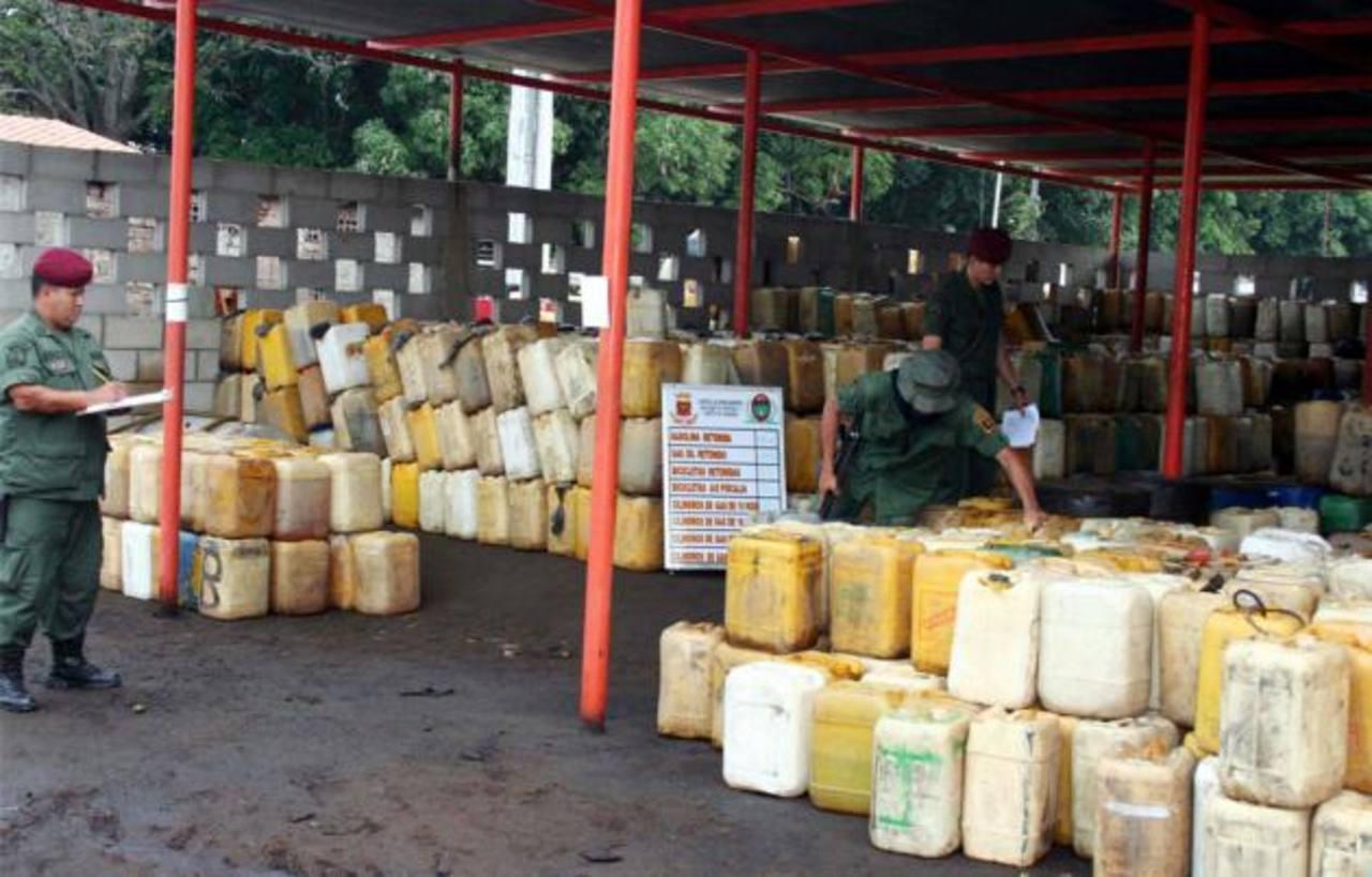 Según las autoridades, se trafica combustible en zonas fronterizas entre Colombia y Venezuela.