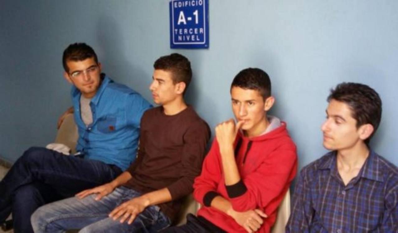 Condenan a 4 sirios por tenencia de documentos falsos
