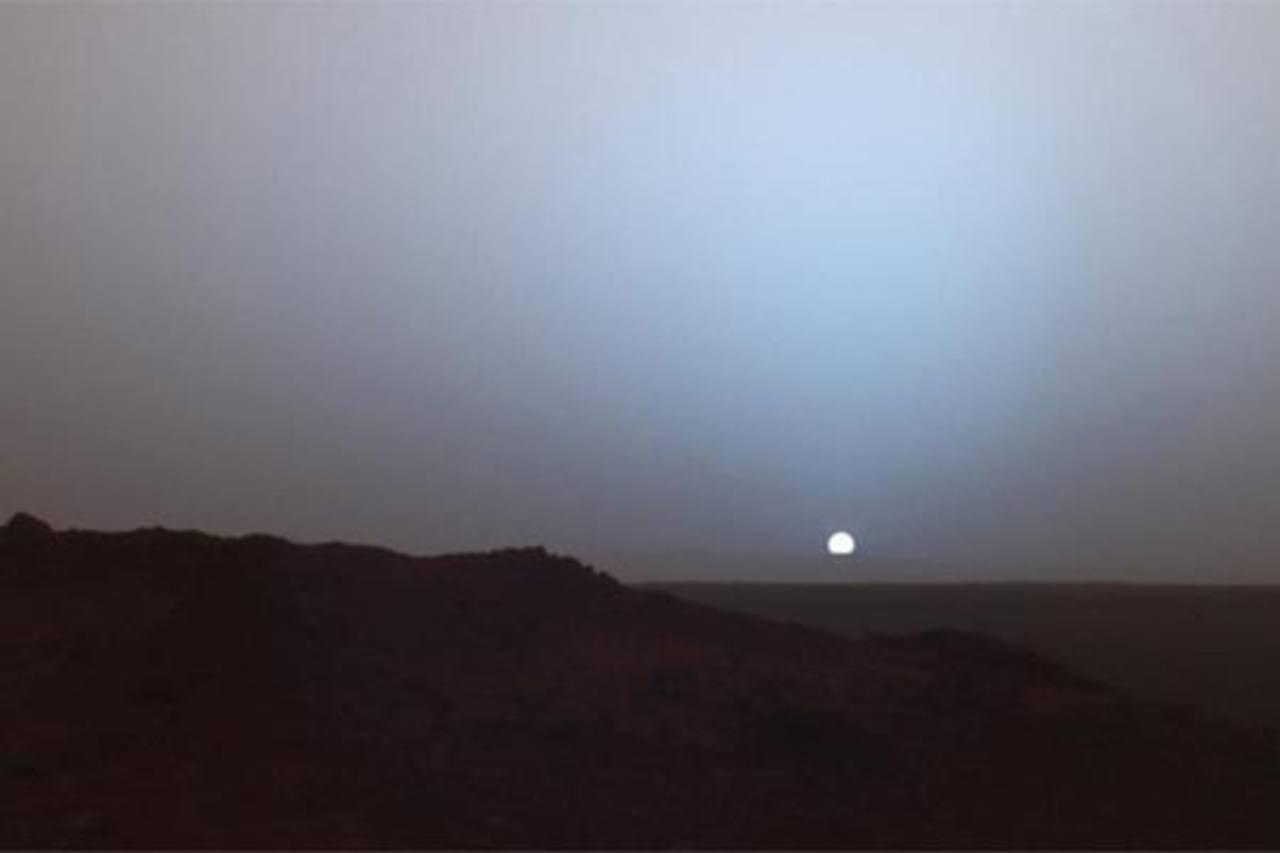 Video: Captan puesta del Sol en Marte