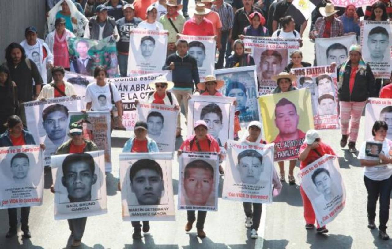 Fiscal mexicano confirma que 43 estudiantes desaparecidos fueron asesinados