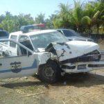Mujer embarazada y dos policías heridos en accidente ocurrido en La Paz