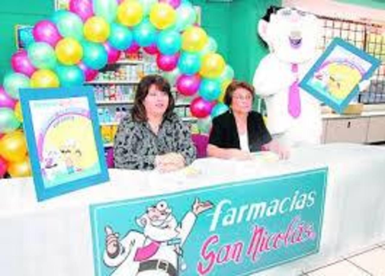 Farmacias San Nicolás regala deliciosos pasteles