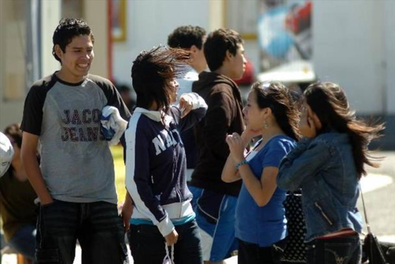Declaran alerta en El Salvador por incremento en velocidad de vientos