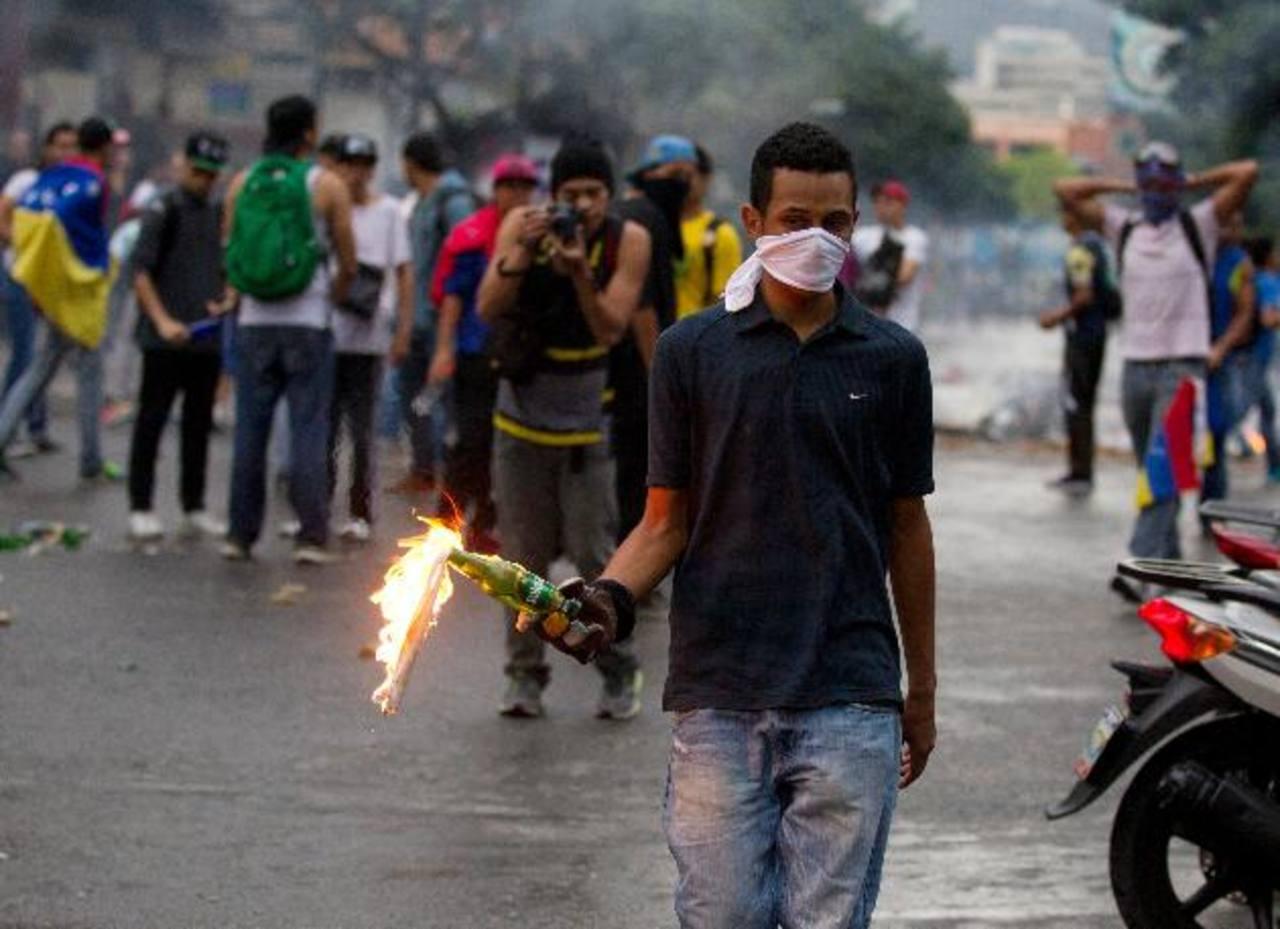 Enfrentamientos en Venezuela dejan heridos y detenidos