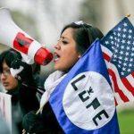 4 claves de la demanda que bloqueó temporalmente plan de migración en EE. UU.