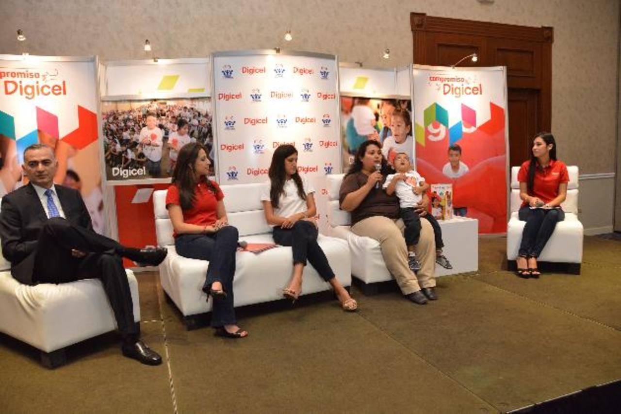 Digicel reafirma su compromiso con los niños salvadoreños renovando su alianza con la Fundación. fotos edh / David Rezzio