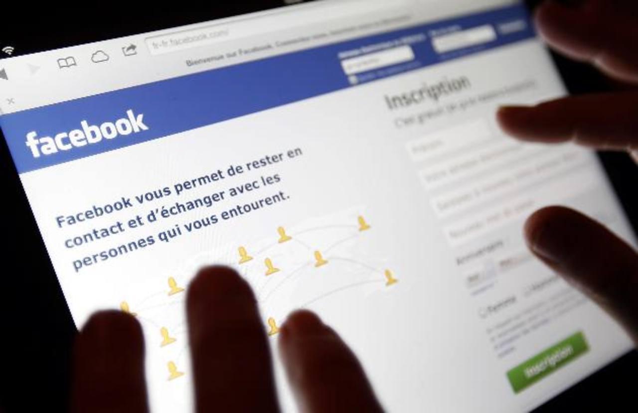 Joven presume herencia de joyas en Facebook y ladrones se las roban