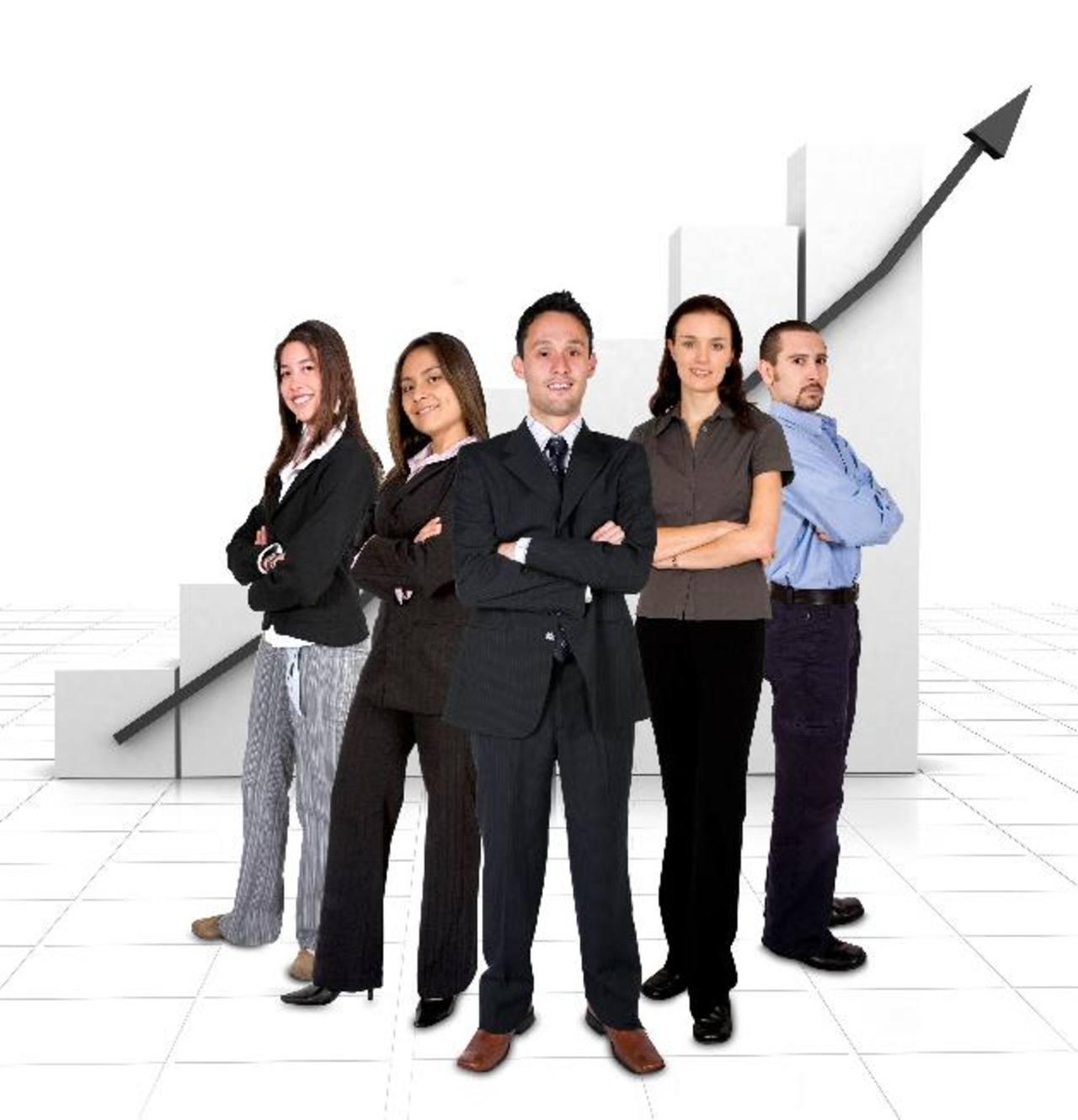 El mercado laboral sigue siendo pequeño para atender la cantidad de nuevos profesionales. foto edh / Archivo