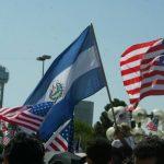 El Salvador preocupado ante suspensión temporal de medidas migratorias de Obama