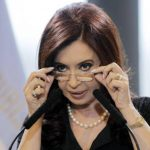 La popularidad de la presidenta Cristina Fernández cayó tras la muerte del fiscal.