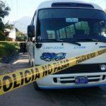Dos delincuentes heridos tras frustrado asalto contra pasajeros de un microbús de la ruta 38-A.
