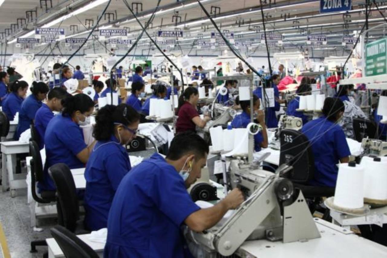 Estados Unidos es el principal destino de las exportaciones de la industria. Foto EDH