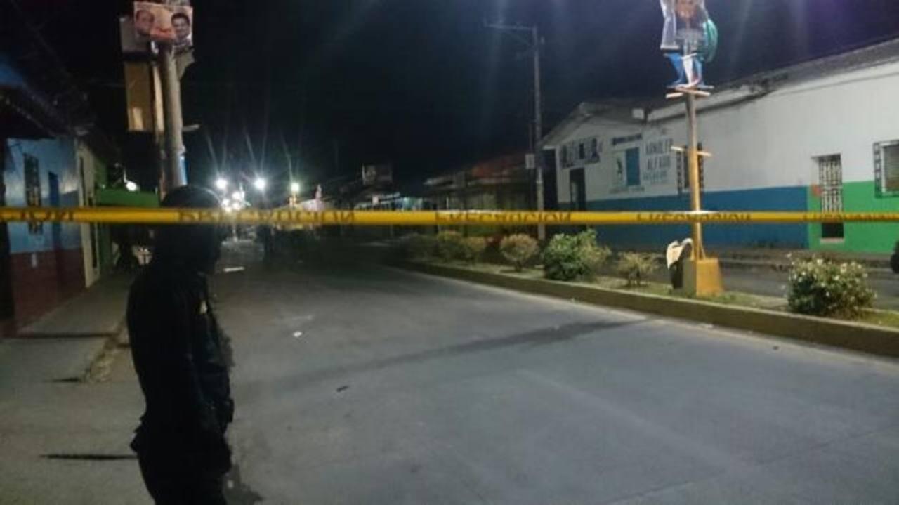 Dos policías terminaron muertos tras una discusión. /