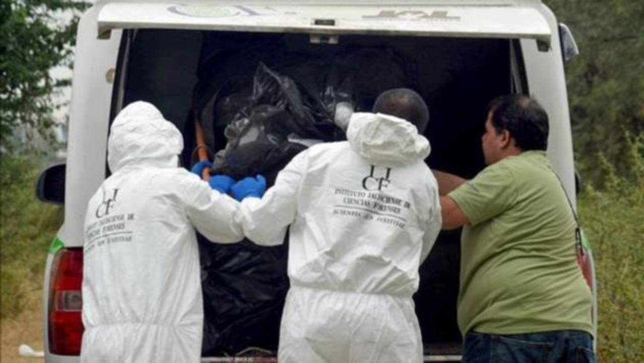 Hallan 61 cadáveres en crematorio abandonado en México