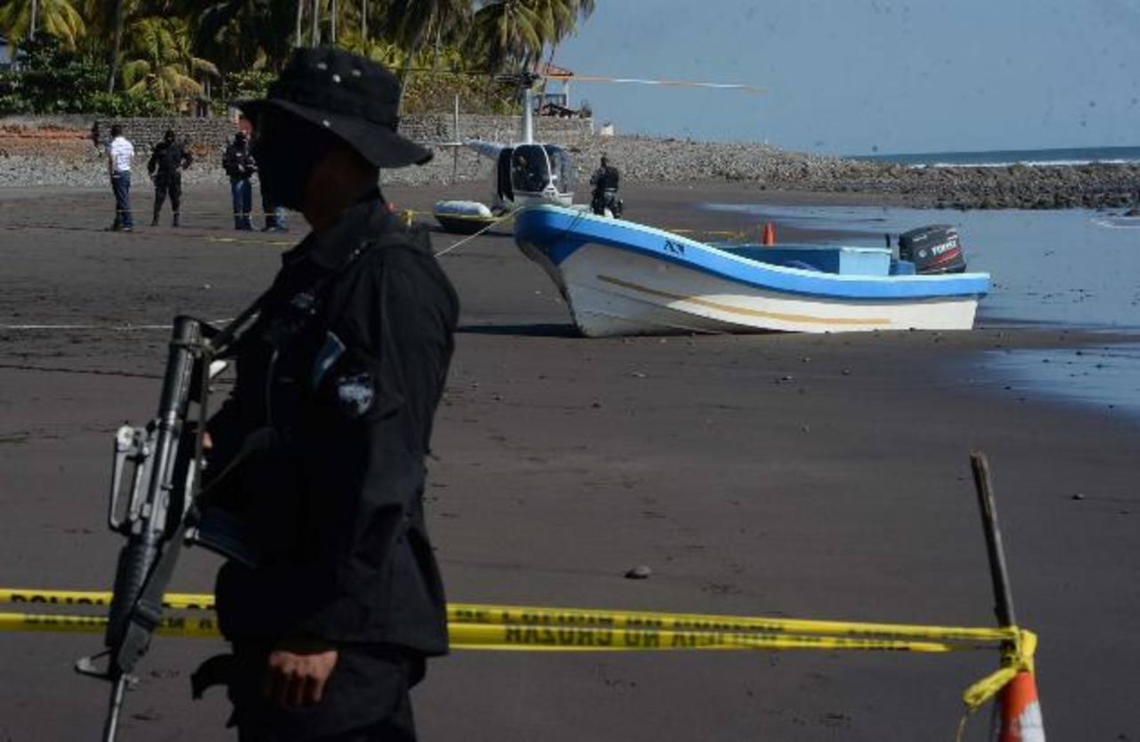 Interceptan lancha cargada con 500 kilos de cocaína