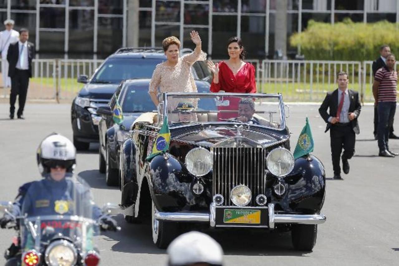 Dilma Rousseff asumió hoy su segundo mandato de cuatro años como jefa de Estado de Brasil,