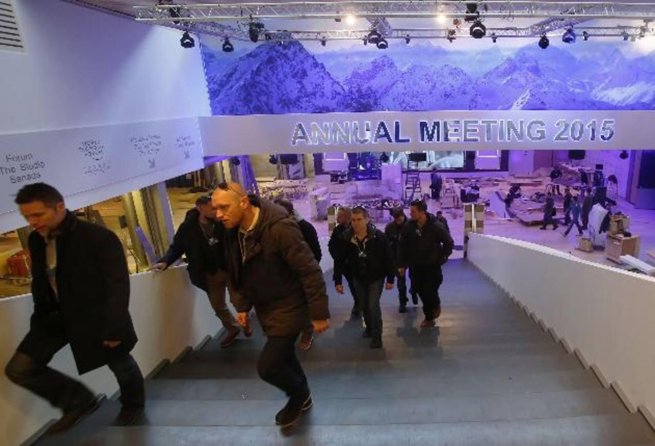 La reunión anual del Foro Económico Mundial se realiza en Davos. En ella se discuten los temas económicos más importantes el entorno económico y político global. foto edh /