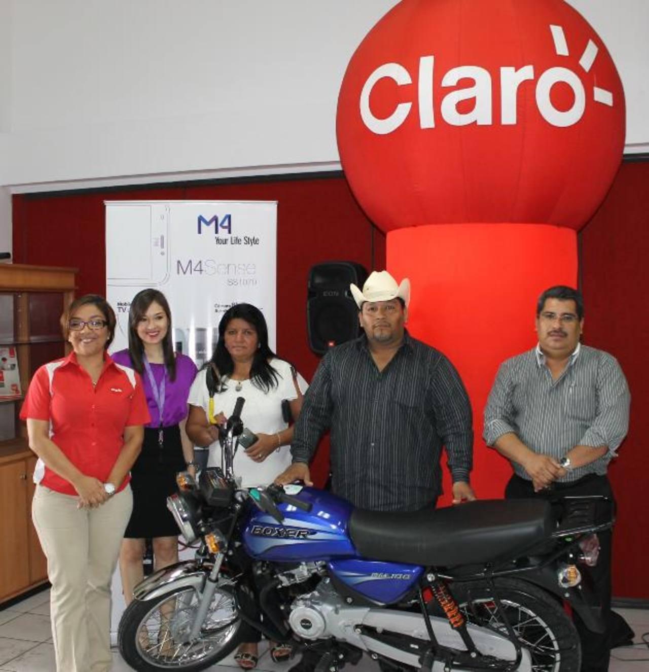 Entre los premios más esperados estaban las motocicletas. Foto EDH/ cortesía